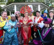 Cecil joins panto launch!
