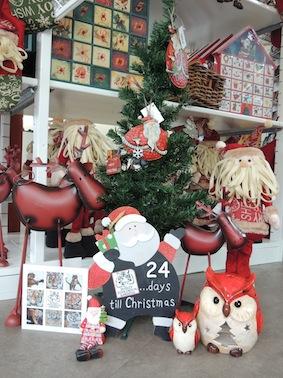 24_christmas_shop