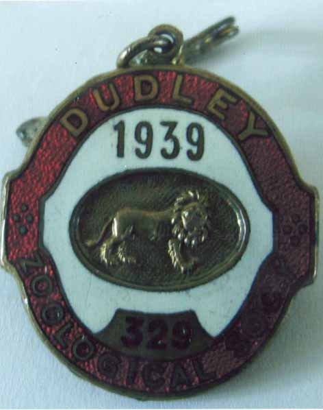 dudley_zoo_badge_web_a